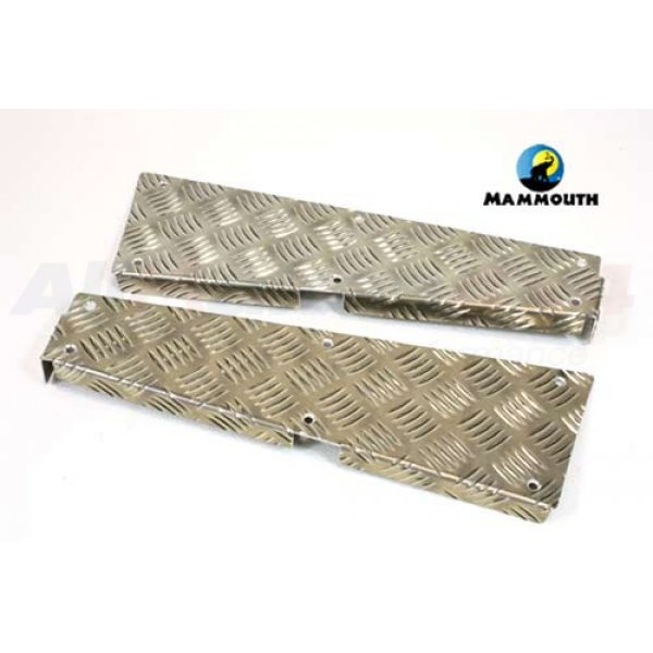 Rear Corner Chequer Plate Kit Uncoated - CN2MV-110/U