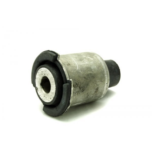 Upper Suspension Arm Bush - RGX000080GEN